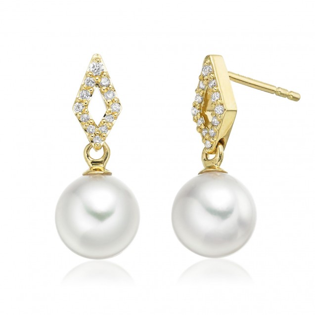 Freshwater Pearl Earring Made In 14K Yellow Gold
