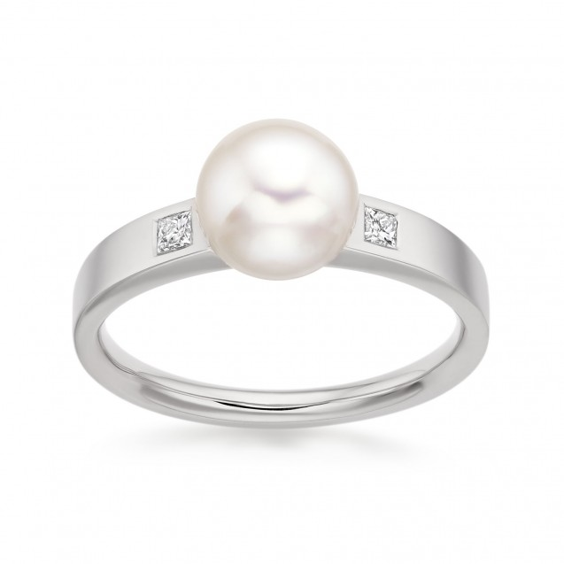 Freshwater Pearl And Diamond Ring Made In 14K White Gold