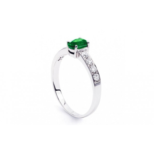 Emerald And Diamond  Ring made in 14k White Gold ( 0.43ct Em)