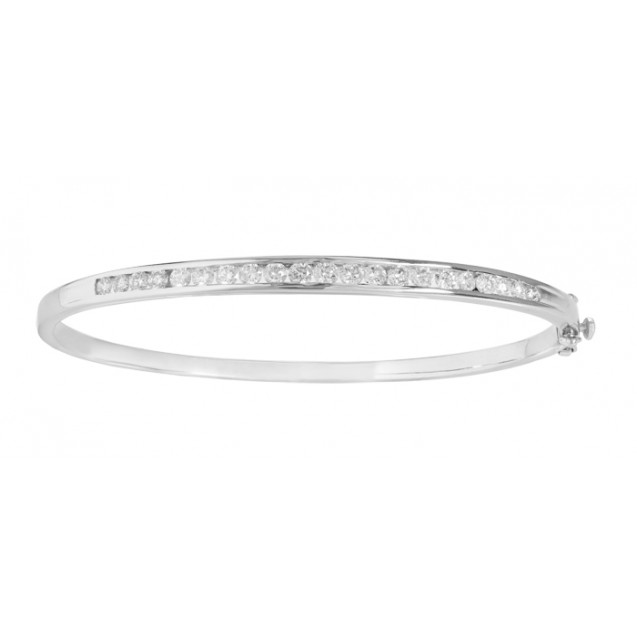 Diamond Bangle made in 14k White Gold(1.46ct)