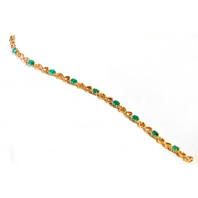The Heart Of Emerald And Diamond Bracelet made in 18k Yellow Gold ( 3.94cts Em)
