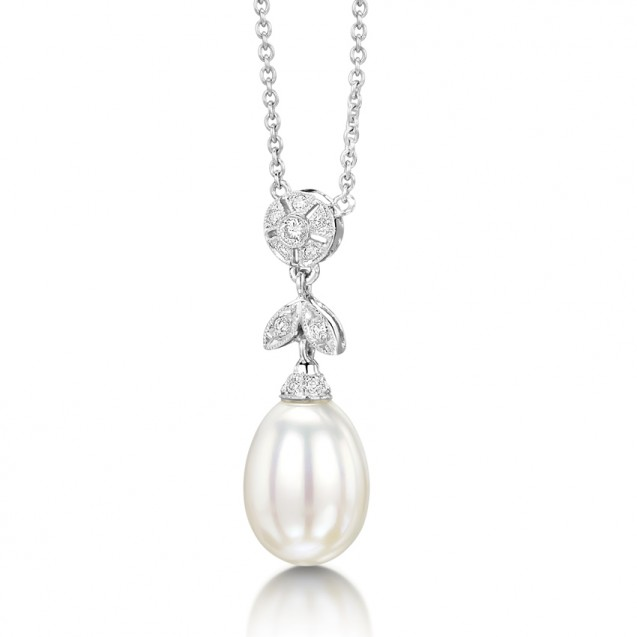 Pearl And Diamond Pendant made in 14k White Gold( 8mm pearl)
